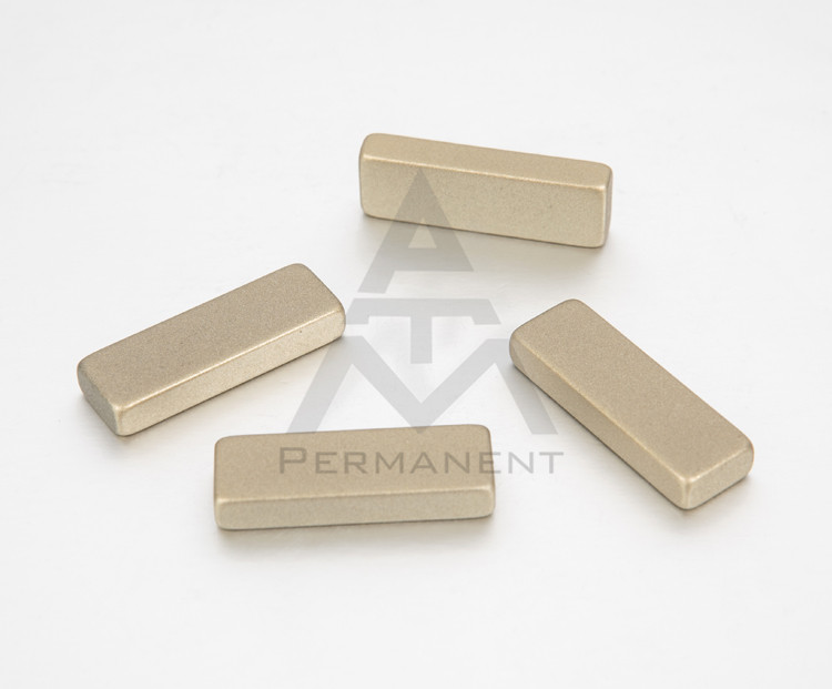 Block permanent magnet with Teflon coating