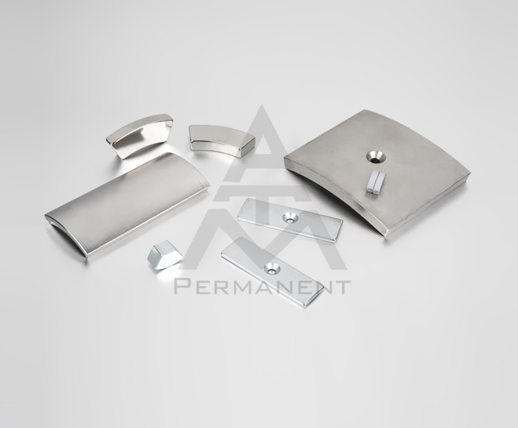 Tile shape neodymium magnets with NdFeB magnetic material nickel coating